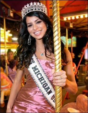 Jelitawan Miss USA 2010 - Rima Fakih